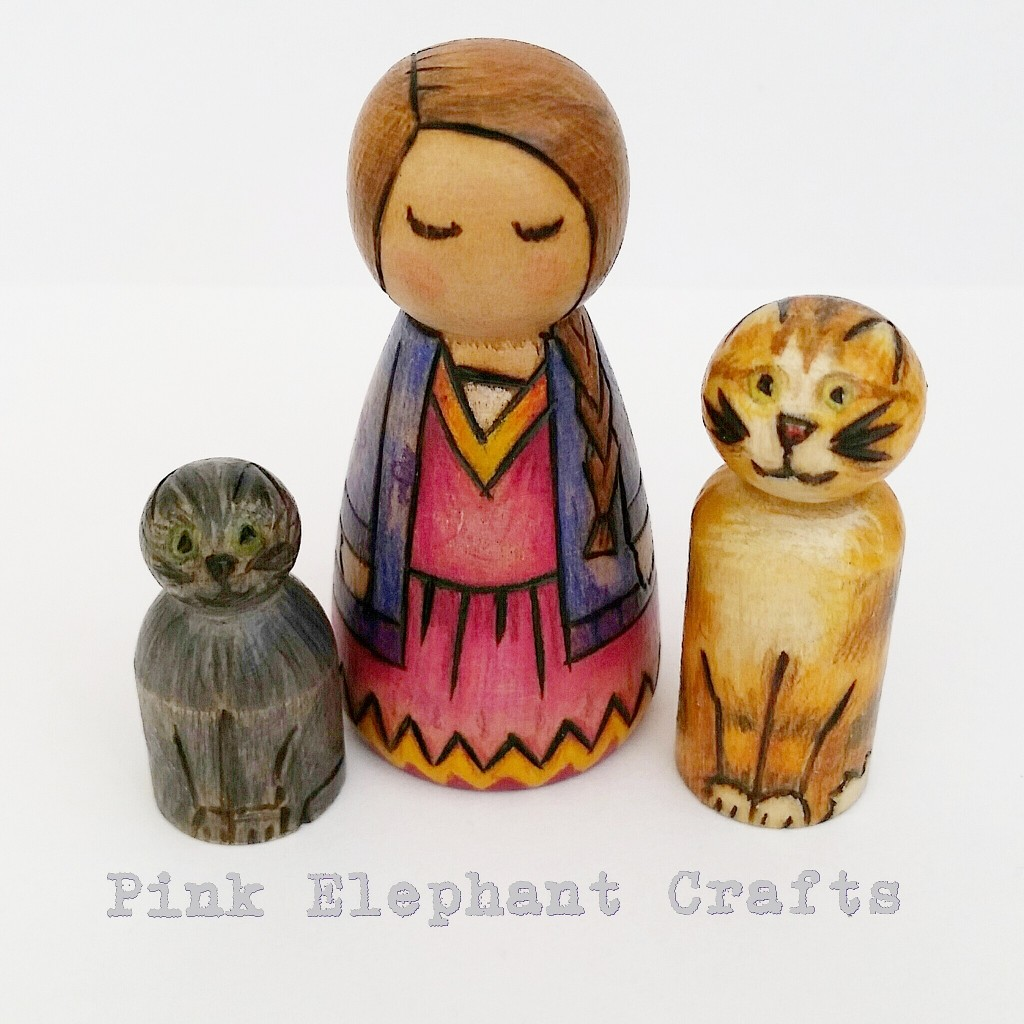little girl and kitten peg dolls set