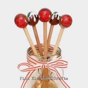 peg doll christmas gift robin christmas pudding
