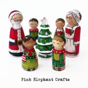 Santa and Mrs Claus Peg Dolls, Father Christmas peg doll, Christmas peg dolls, Christmas heirlooms