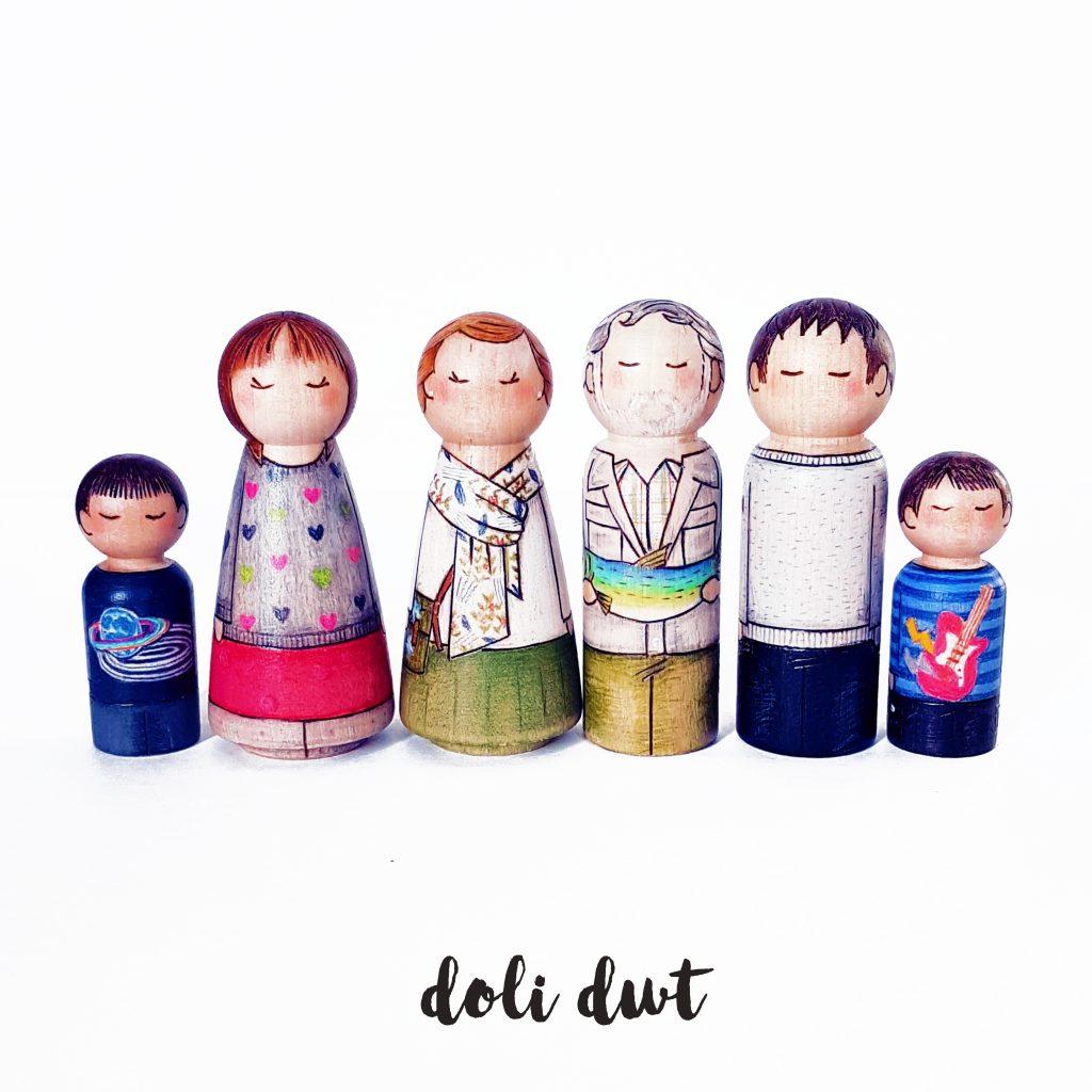 large peg doll family, peg doll, peg dolls, personalised peg dolls, peg doll family, personalised gifts, fishing gift, personalised peg dolls, peg doll family, personalised gifts, wedding gift, wedding cake topper