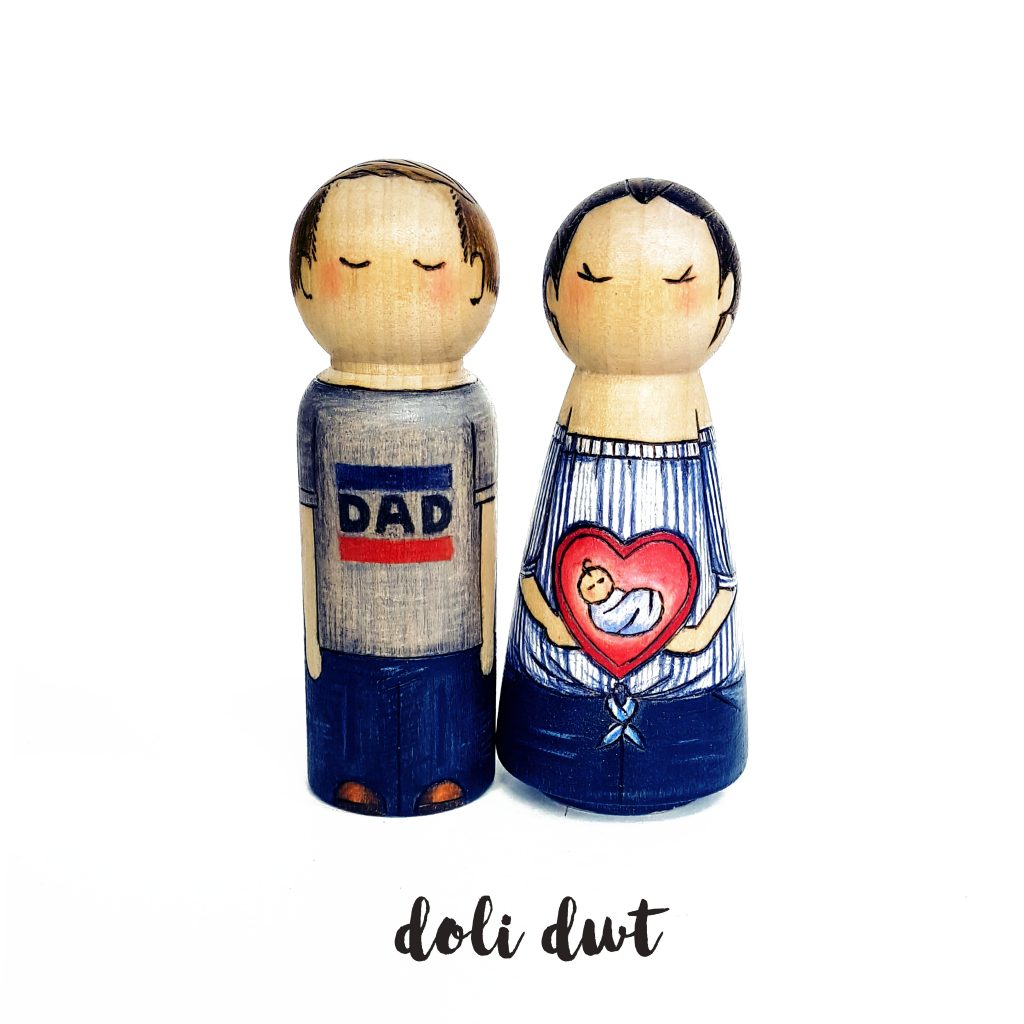 Pregnancy Announcement Ideas, pregnancy peg dolls, pregnancy gift, baby shower gift, new baby gifts peg doll family, personalised peg doll, mum to be, parents to be
