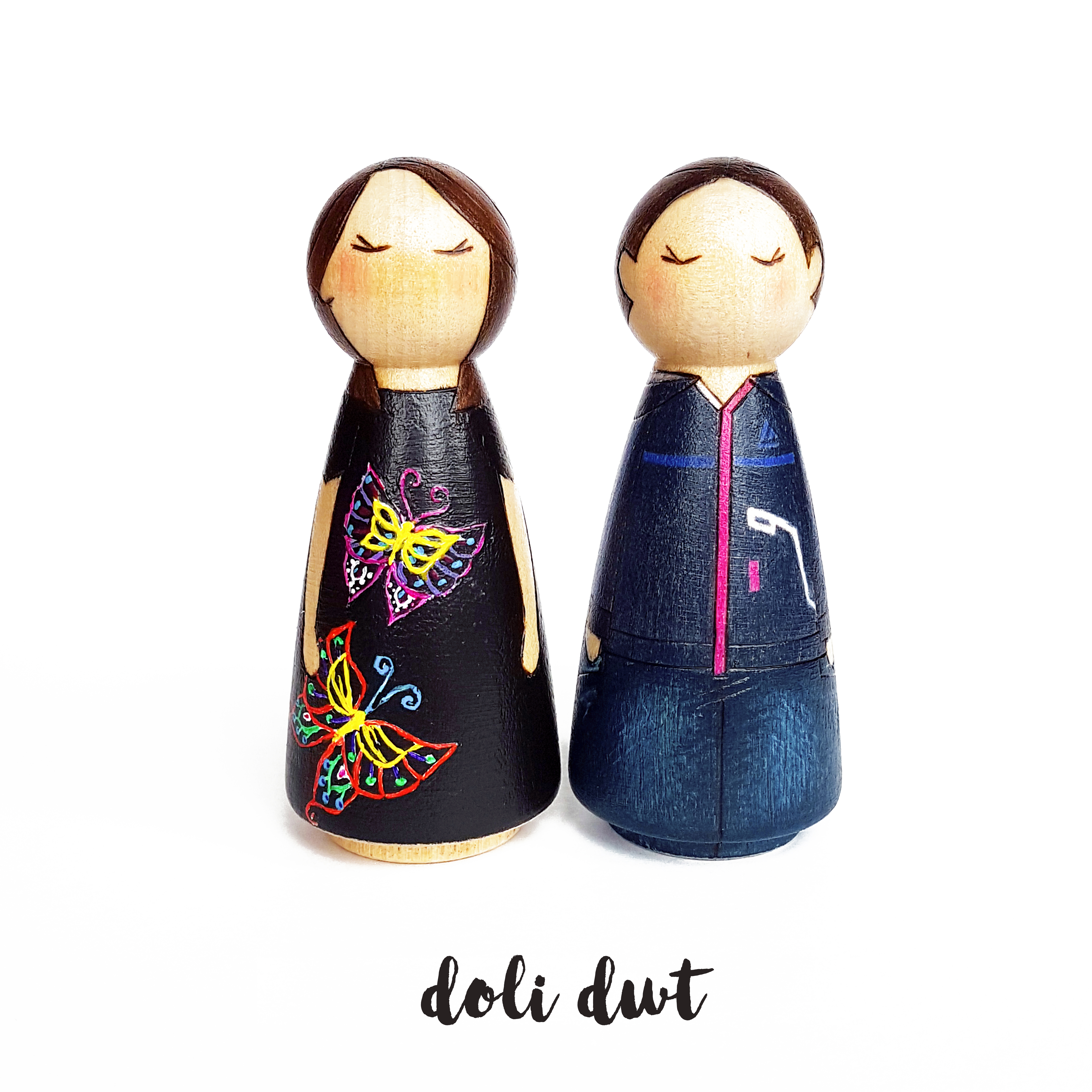 peg dolls, peg dolls uk, peg doll couple, personalised peg doll couple, peg doll family, personalised gift, personalised peg dolls, custom peg dolls