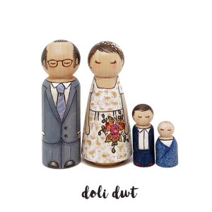 wedding cake peg dolls