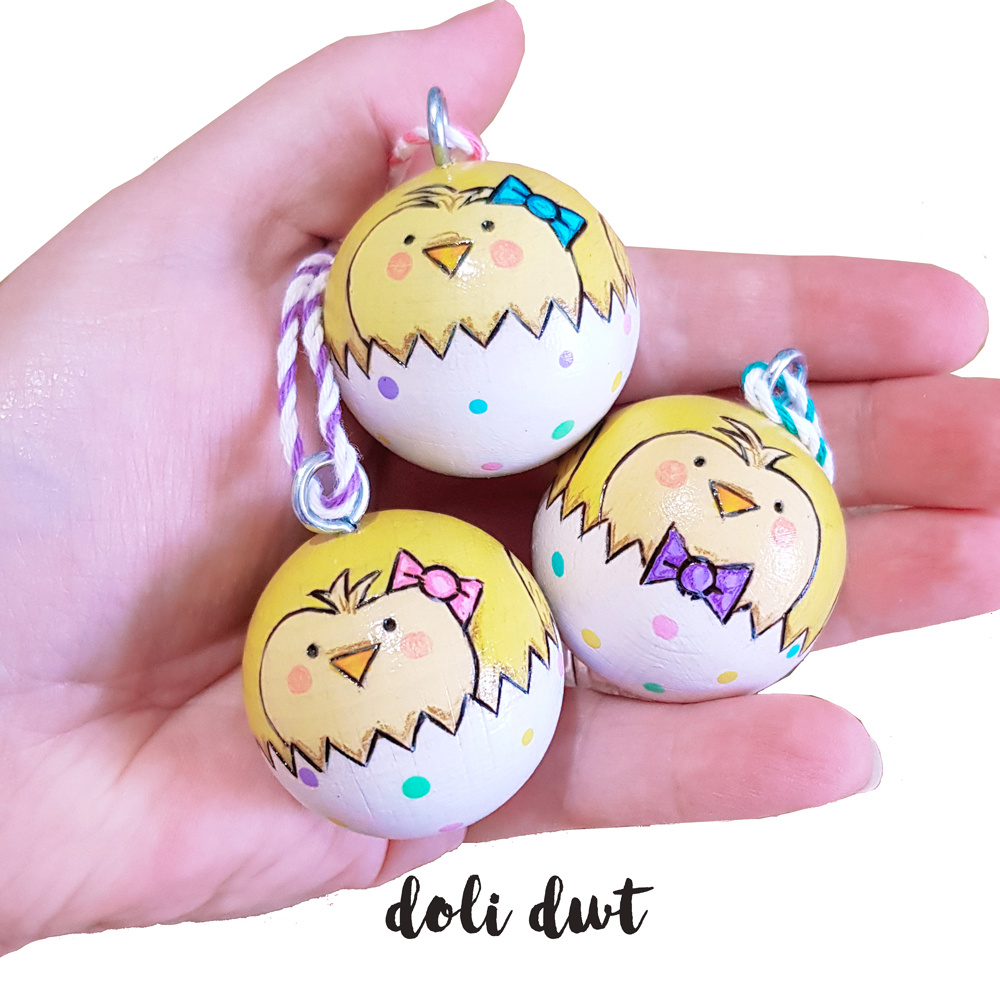 Easter tree decorations, Easter baubles, hanging decorations, easter wreaths