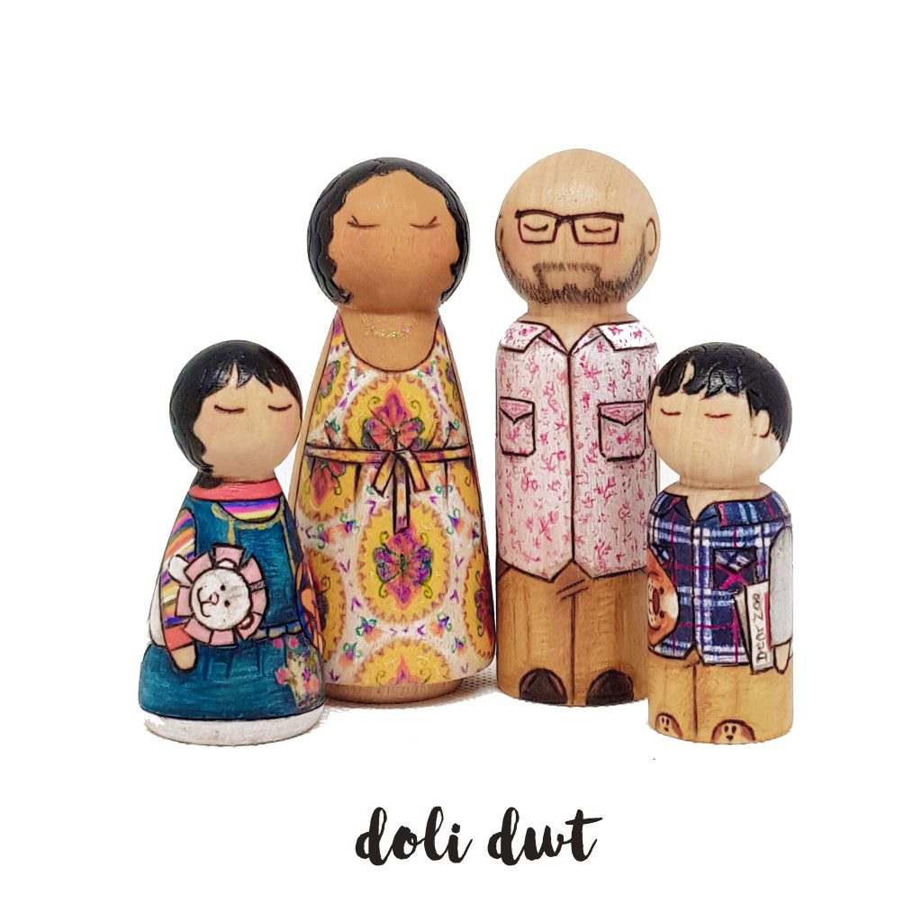 painted peg dolls, family portrait, wooden peg dolls, personalised peg dolls, wedding cake topper, wooden cake topperUnique gift, peg doll family, personalised p,eg dolls, peg dolls uk