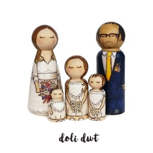 family wedding cake toppers, wedding cake ideas, wedding cake figurines, ersonalise wedding cake topper
