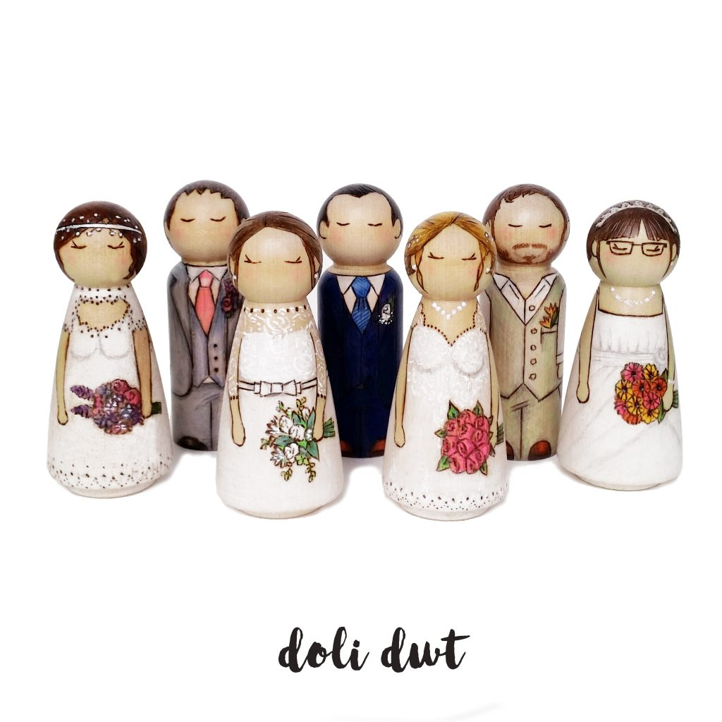 mr and mrs cake toppers, wedding cake ideas, wedding cake figurines, ersonalised wedding cake topper