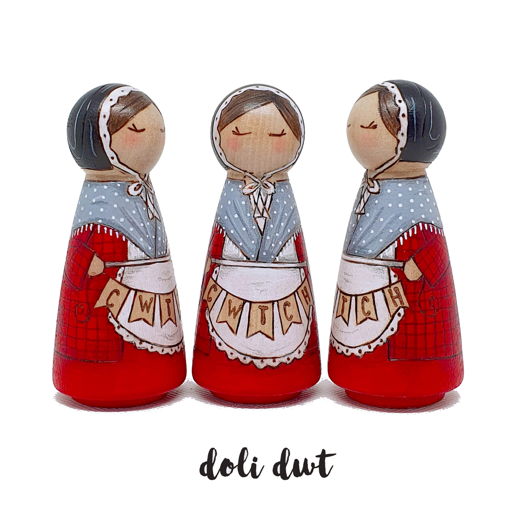 what does hiraeth mean, welsh costume, cwtch, welsh dolls, anrhegion cymraeg, giftware wales, welsh gift, cwtch gifts, funny welsh gifts