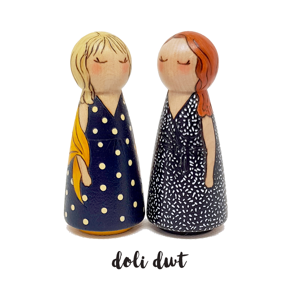 unique gifts for mum, gifts for mothers day, gifts for her, personalised peg dolls, mother and daughter gifts
