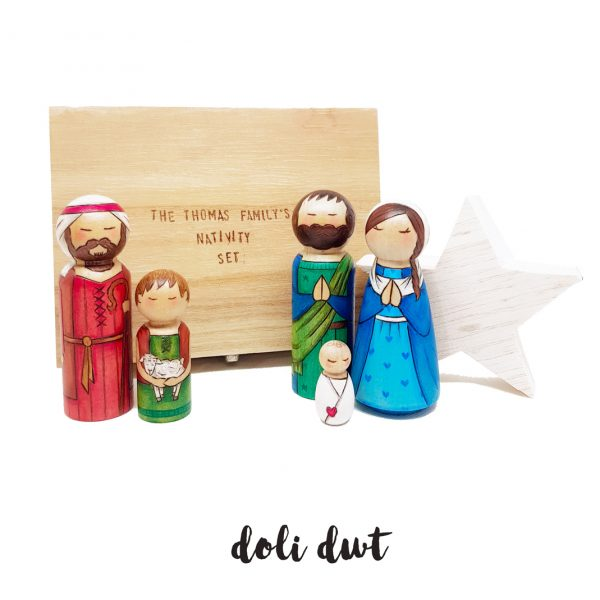 shepherd peg dolls, Christmas decorations, anrhegion cymraeg ,Nativity Peg Dolls, nativity, nativity set, peg dolls, peg doll nativity set, baby jesus, christmas nativity, christmas decor, crib
